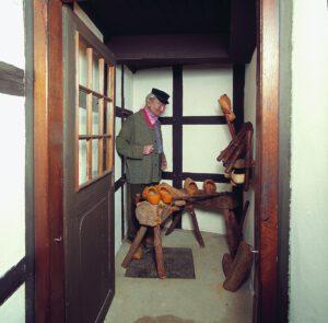Holzschumacher Werkstatt im Haus 2